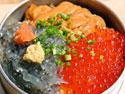 鎌倉釜飯かまかま 生しらす三色